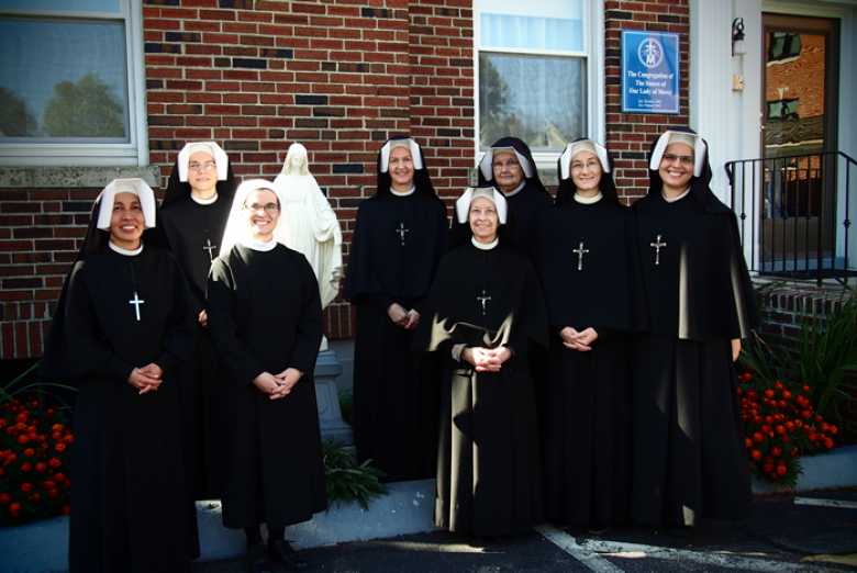 Sisters of Our Lady of Mercy in front of the former Boston convent